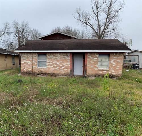 1125 Bowen Street, Stafford, TX 77477 (MLS #33560759) :: Guevara Backman