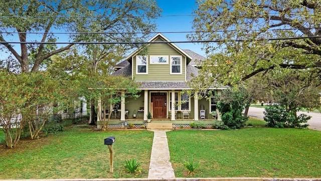 487 E Brenham Street, Giddings, TX 78942 (#3359436) :: ORO Realty