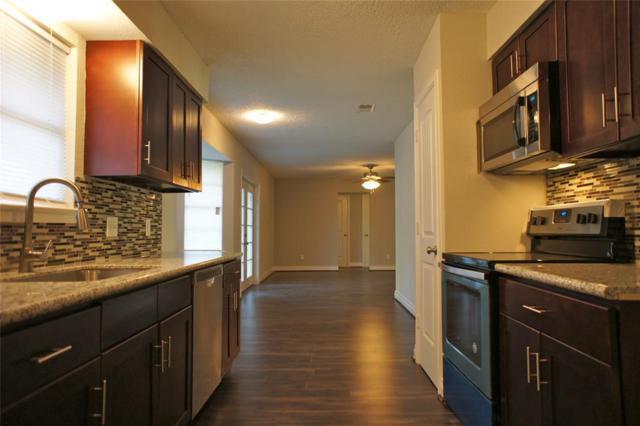 10419 Rustic Gate Road, La Porte, TX 77571 (MLS #33612792) :: Texas Home Shop Realty