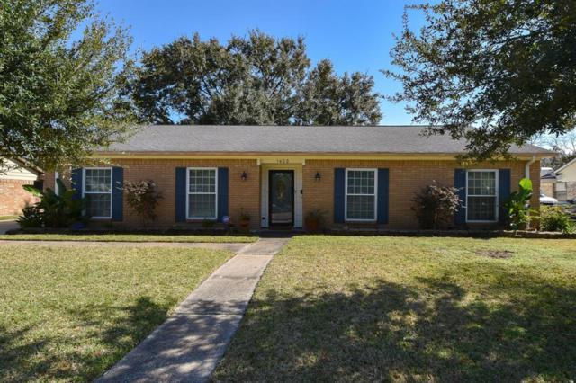 1402 Creek Hollow Drive, El Lago, TX 77586 (MLS #33628985) :: Texas Home Shop Realty