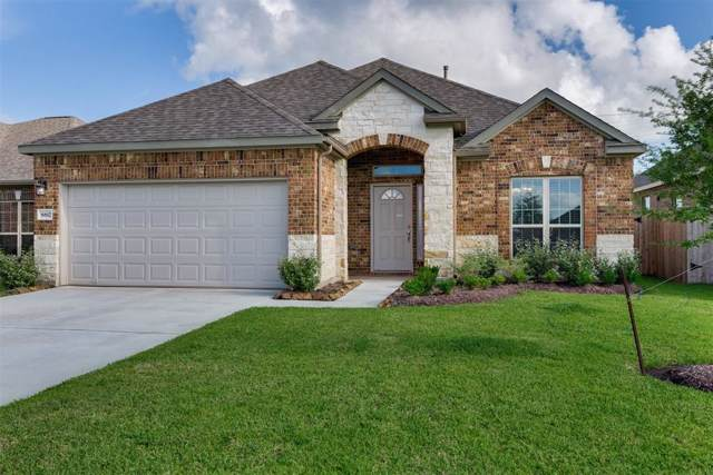 4135 E Bayou Maison Circle, Dickinson, TX 77539 (MLS #33668927) :: The SOLD by George Team