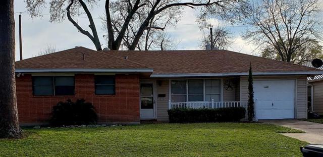 6825 Carvel Lane, Houston, TX 77074 (MLS #33723657) :: Fairwater Westmont Real Estate