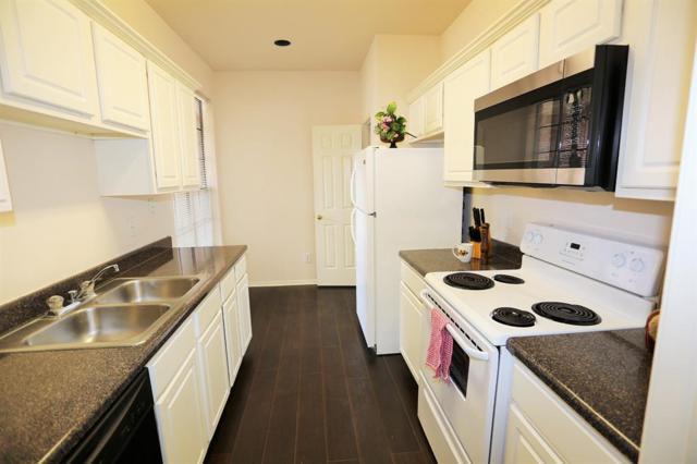 2255 Braeswood Park Drive #284, Houston, TX 77030 (MLS #33753149) :: Texas Home Shop Realty
