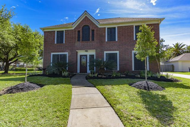 2009 Crescent Shore Drive, League City, TX 77573 (MLS #33853394) :: REMAX Space Center - The Bly Team