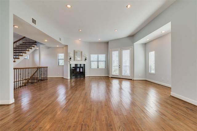 2009 Roy Street, Houston, TX 77007 (MLS #33936302) :: The SOLD by George Team
