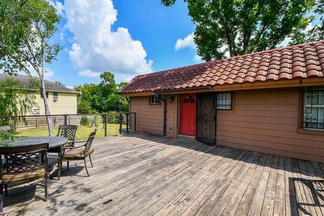10225 Teneha Drive, Houston, TX 77033 (MLS #33971184) :: Connect Realty
