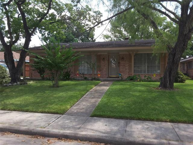 11743 Mclain Boulevard, Houston, TX 77071 (MLS #34011579) :: The SOLD by George Team