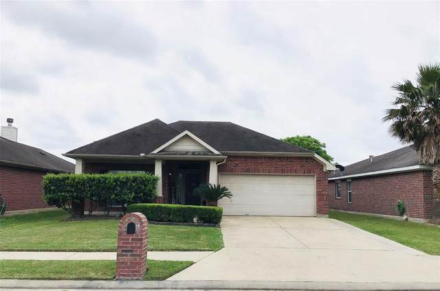 5302 Nautilus Lane, Baytown, TX 77521 (MLS #34091400) :: Phyllis Foster Real Estate