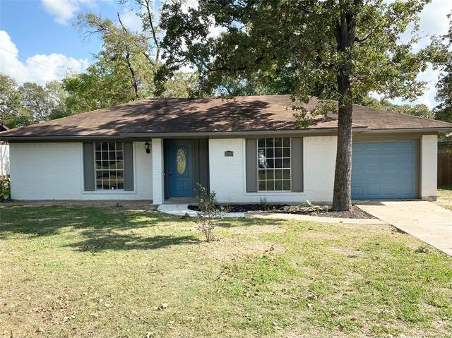 2302 Yosemite Drive, Bryan, TX 77803 (MLS #34136781) :: Texas Home Shop Realty
