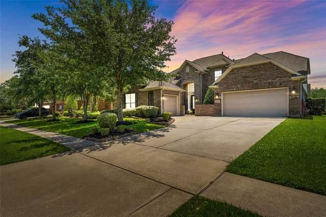 2408 Garnetfield Lane, Friendswood, TX 77546 (MLS #34171703) :: The Bly Team
