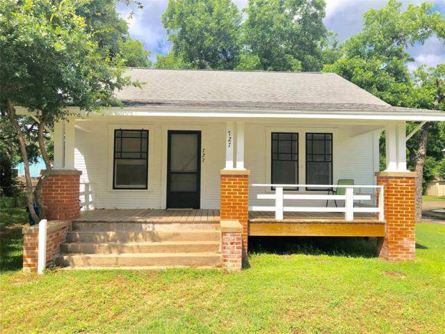 727 S Jefferson Street, La Grange, TX 78945 (MLS #34222562) :: Texas Home Shop Realty