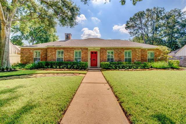 718 Electra Drive, Houston, TX 77079 (MLS #34290569) :: The Bly Team