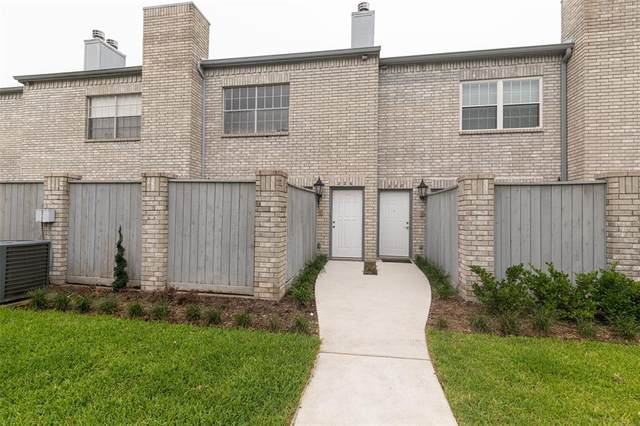 226 Wilcrest Drive #226, Houston, TX 77042 (MLS #34318028) :: Green Residential