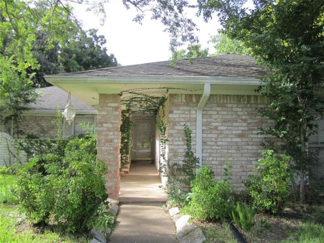 112 Dogwood Street, Sugar Land, TX 77478 (MLS #34515818) :: The Parodi Team at Realty Associates