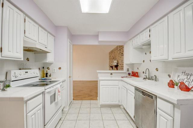 12906 Maxfield Drive, Houston, TX 77082 (MLS #34633155) :: Green Residential