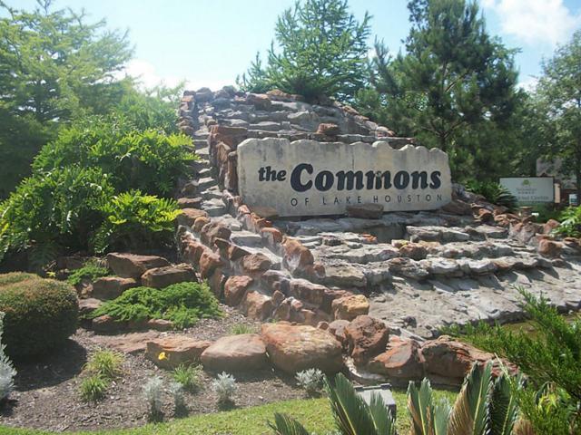 414 Lassen Villa Court, Huffman, TX 77336 (MLS #34634436) :: Red Door Realty & Associates