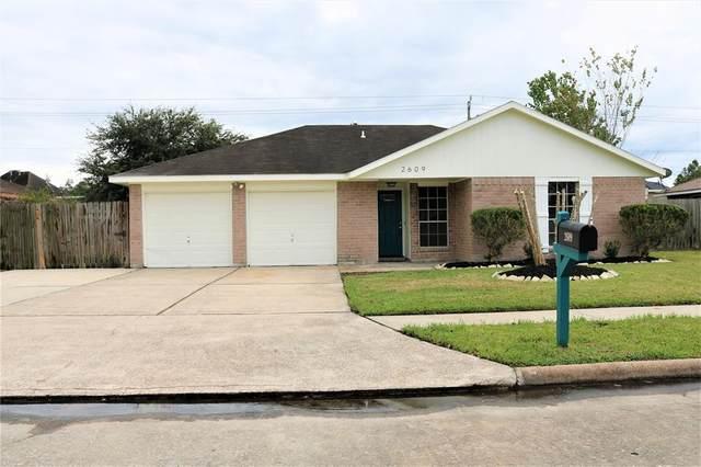 2609 Walnut Hollow Street, Pearland, TX 77581 (MLS #34687995) :: Caskey Realty