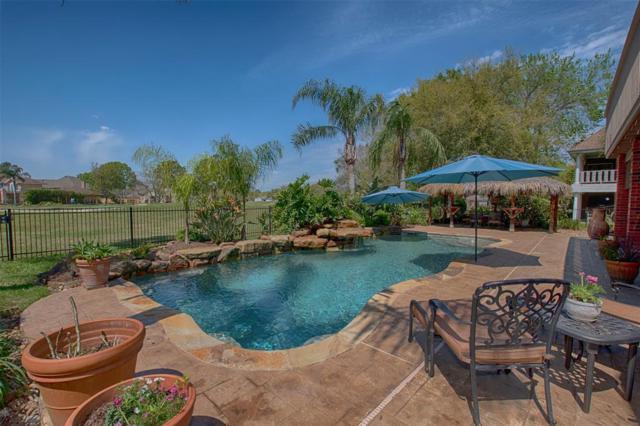 2202 Southern Hills Drive, League City, TX 77573 (MLS #34705707) :: KJ Realty Group