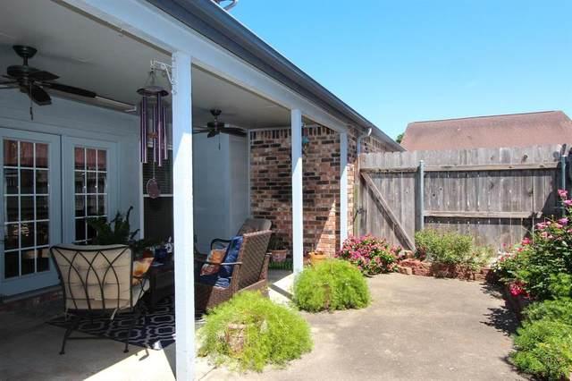 1730 Avenue C D, El Campo, TX 77437 (MLS #34706751) :: Keller Williams Realty