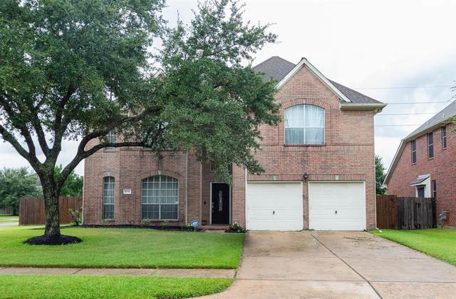 2706 Sunfish Drive, Pearland, TX 77584 (MLS #34736114) :: The Freund Group
