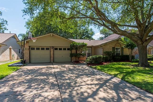 15622 Edenvale Street, Friendswood, TX 77546 (MLS #34739886) :: Rachel Lee Realtor