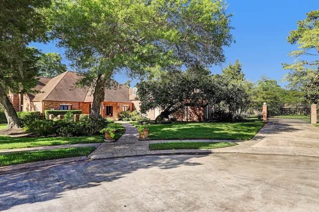 480 Fox Run Lane, League City, TX 77573 (MLS #34812232) :: Green Residential