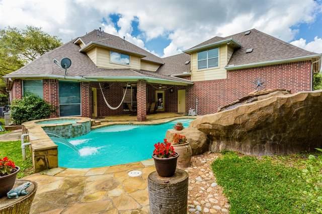 27 Turtle Creek Manor, Sugar Land, TX 77479 (MLS #34874092) :: The Parodi Team at Realty Associates