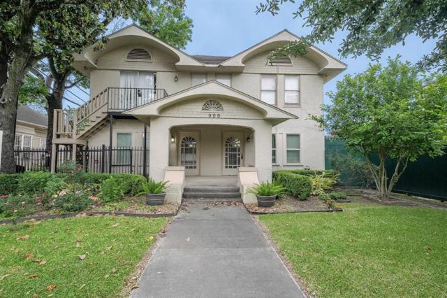 909 Marshall Street, Houston, TX 77006 (MLS #34892780) :: Green Residential