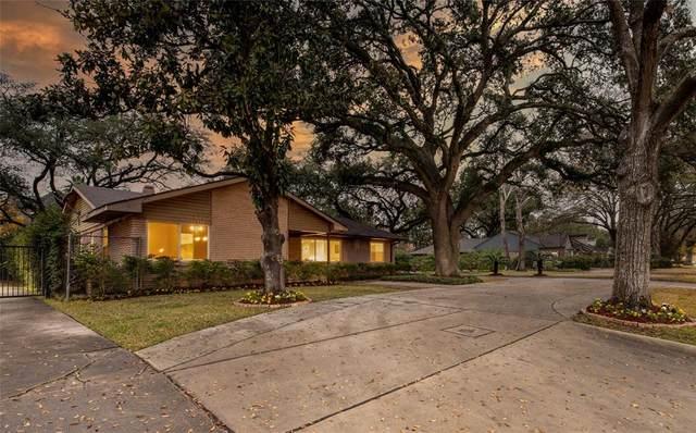 2302 Chimney Rock Road, Houston, TX 77056 (MLS #34933911) :: Christy Buck Team
