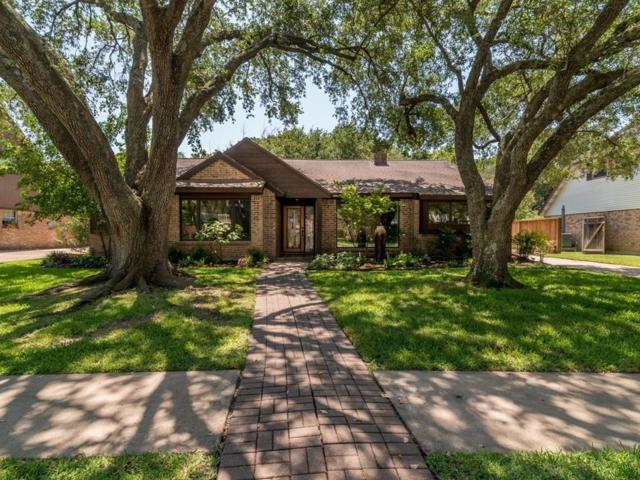 4306 Honey Oaks Drive, Seabrook, TX 77586 (MLS #35029308) :: The SOLD by George Team
