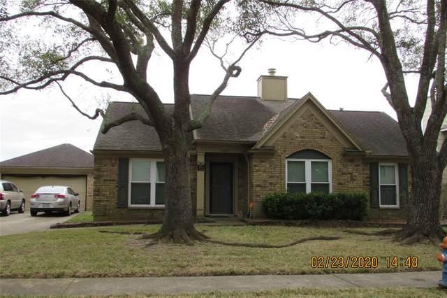 5004 Spring Branch Drive, Pearland, TX 77584 (MLS #35074798) :: Christy Buck Team