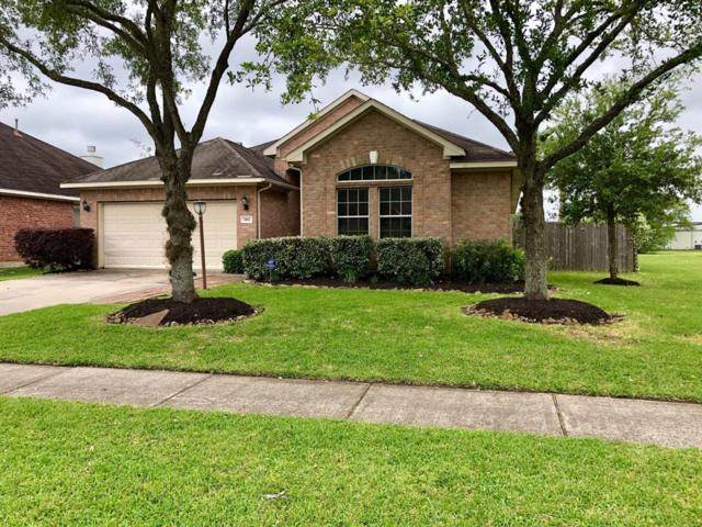 3102 Meadow Bay Drive, Dickinson, TX 77539 (MLS #3508370) :: The Kevin Allen Jones Home Team