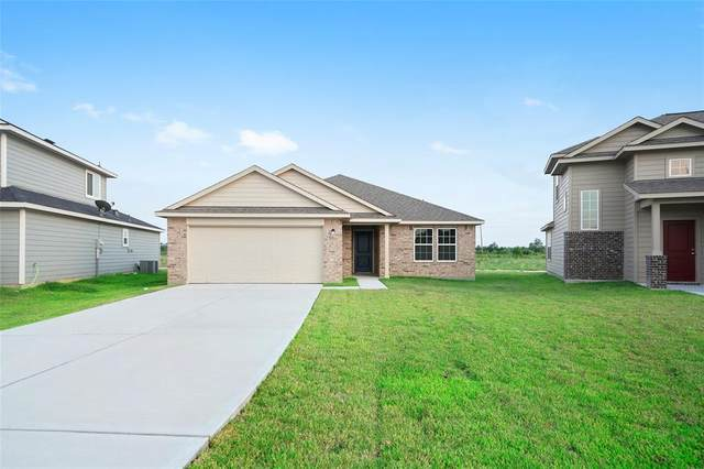 772 Road 5109, Cleveland, TX 77327 (MLS #35091289) :: The Andrea Curran Team powered by Compass