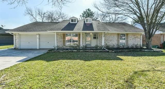 205 Echo Avenue, Friendswood, TX 77546 (MLS #35137584) :: Christy Buck Team