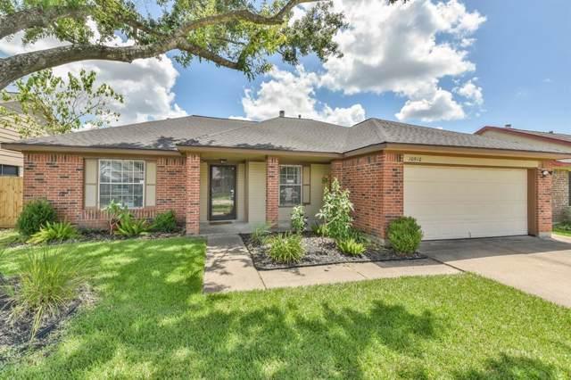 10910 Linwood Ct, La Porte, TX 77571 (MLS #35173195) :: The Sold By Valdez Team