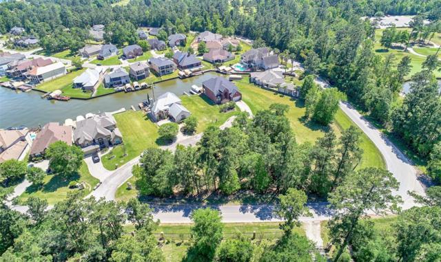 13705 Falcon's Landing, Montgomery, TX 77356 (MLS #35201914) :: Fairwater Westmont Real Estate