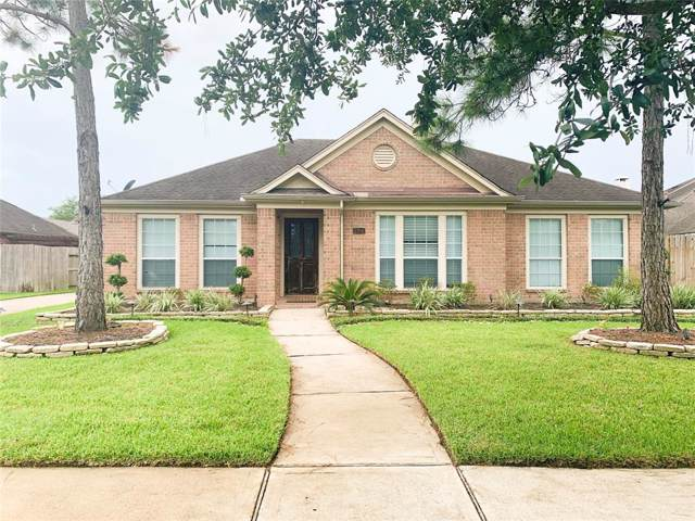 2914 Laguna Shores Lane, League City, TX 77573 (MLS #35235293) :: The SOLD by George Team