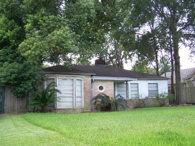 6414 Pinehurst Drive, Houston, TX 77023 (MLS #3525907) :: The Sold By Valdez Team