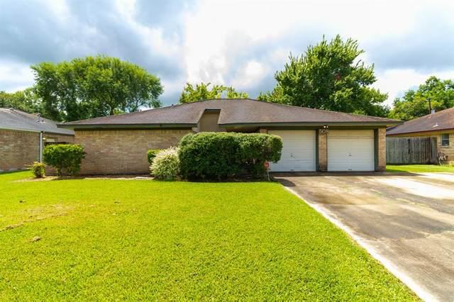 508 Lotus Street, Lake Jackson, TX 77566 (MLS #35264563) :: The Wendy Sherman Team
