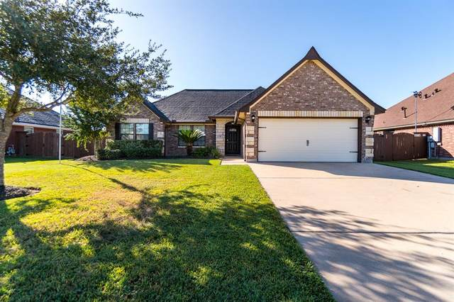 58 Texian Trail S, Angleton, TX 77515 (MLS #35292888) :: The Home Branch