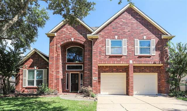 3311 E Cedar Hollow Drive, Pearland, TX 77584 (MLS #35352518) :: Texas Home Shop Realty