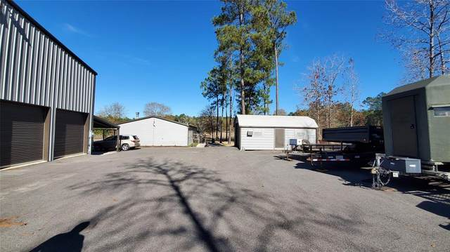 907 Big Woods Road, New Waverly, TX 77358 (MLS #35369452) :: The Property Guys