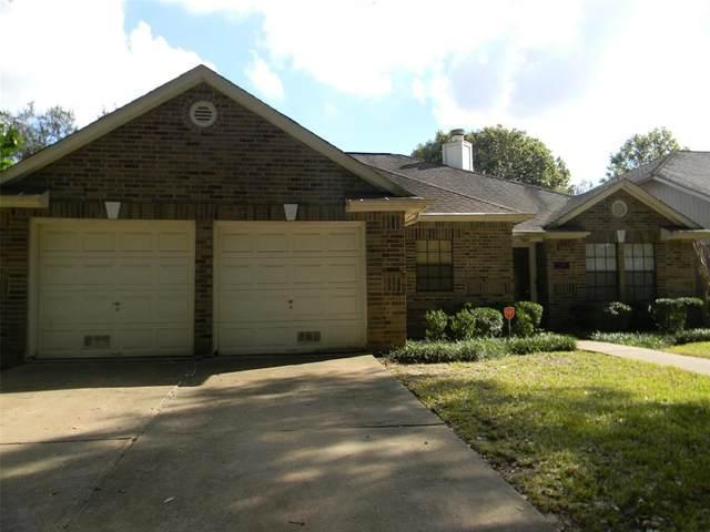 2423 Parkwood Lane, Sugar Land, TX 77479 (MLS #35431610) :: The Freund Group