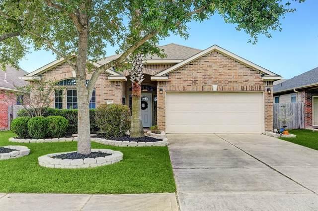 3008 Knightsbridge Lane, Dickinson, TX 77539 (MLS #35456359) :: Texas Home Shop Realty