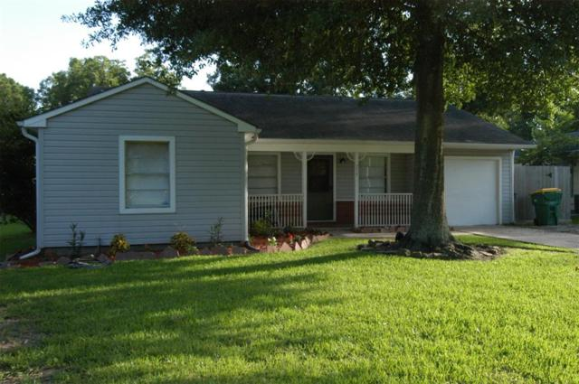 215 Lakewood Drive, Baytown, TX 77520 (MLS #35615583) :: Giorgi Real Estate Group