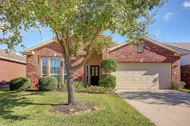 13007 Meadow Springs Drive, Pearland, TX 77584 (MLS #35621346) :: The Bly Team