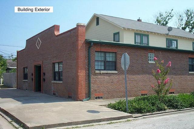 2201 48th Street, Galveston, TX 77551 (MLS #35645983) :: Team Parodi at Realty Associates