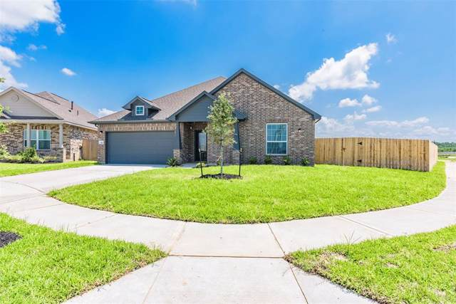 302 Bordeaux, Alvin, TX 77511 (MLS #35823102) :: Texas Home Shop Realty