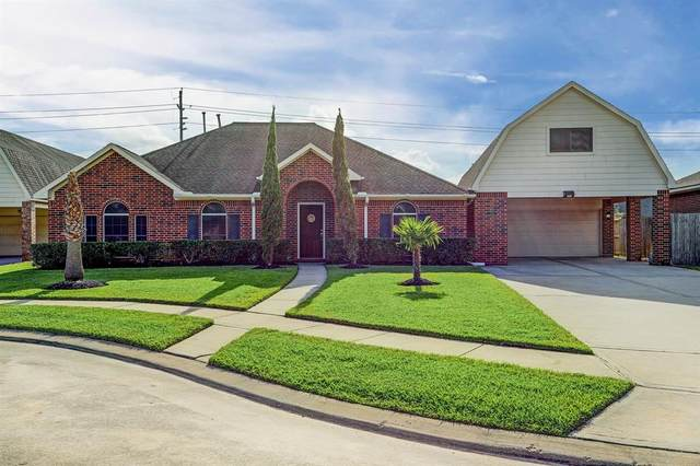 3410 Kendall Street, Pearland, TX 77584 (MLS #35826789) :: The Bly Team
