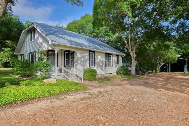 6321 State Highway 159, La Grange, TX 78945 (MLS #35834328) :: The Home Branch